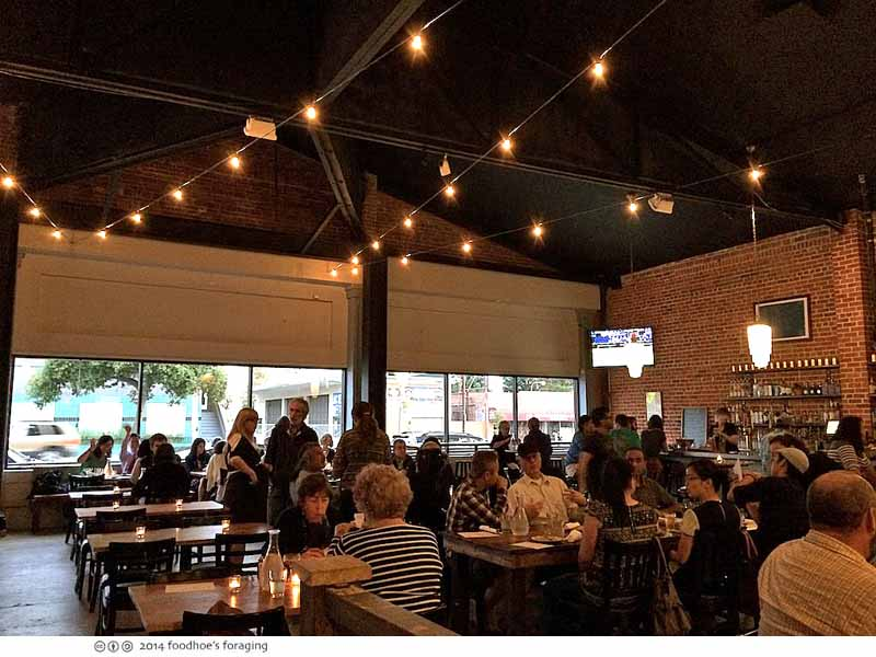 townie_diningroom
